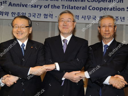 Japanese Minister in Charge of Disaster Management Masaharu Nakagawa (l) South Korean Foreign Minister Kim Sung-hwan (c) and Vice President of the Chinese People's Institute of Foreign Affairs Lu Shumin Pose During the Trilateral Cooperation Secretariat (tcs) Forum of South Korea China and Japan in Seoul South Korea 15 October 2012 Dignitaries From the Three Countries Deliver Keynote Speeches During the Opening Session and Expressing Their Expectation For the Trilateral Cooperation Korea, Republic of Seoul