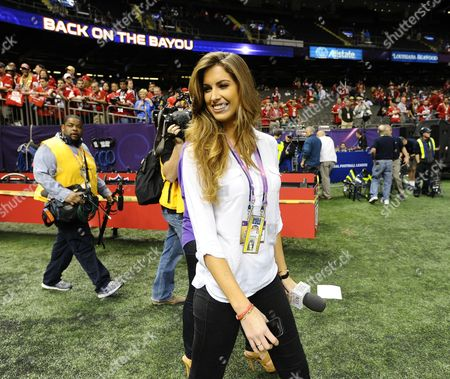Miss Alabama Catherine Webb Walks on the Field Inside the Mercedes-benz Superdome Two Hours Before the Start of Super Bowl Xlvii Between the Baltimore Ravens and the San Francisco 49ers in New Orleans Louisiana Usa 03 February 2013 United States New Orleans