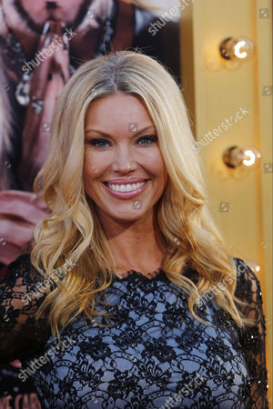 Us Actress and Cast Member Jessica Mcclain Poses For the Media As She Arrives For the World Premiere of 'The Incredible Burt Wonderstone' Movie at Grauman's Chinese Theatre in the Hollywood District of Los Angeles California Usa 11 March 2013 Evening United States Hollywood