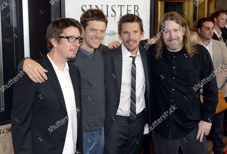 Us Actor and Cast Member Ethan Hawke (2-r) Us Producer Jason Blum (2-l) Us Director Scott Derrickson (l) and Writer Robert Cargill (r) Pose For Photos As They Arrive For the Sinister Premiere in Westwood California Usa 01 October 2012 the Movie Opens in Us Cinemas on 12 October United States Westwood