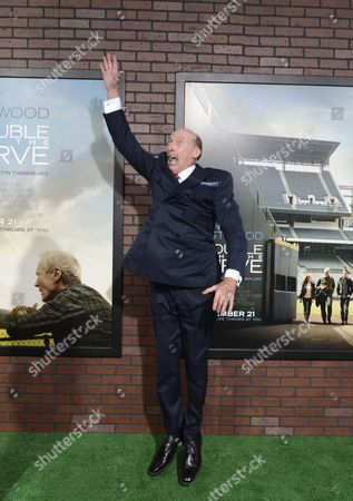Us Actor and Cast Member Ed Lauter Pretends to Catch a Fly Ball As He Arrives For the 'Trouble with the Curve' Premiere in Westwood California Usa 19 September 2012 United States Westwood