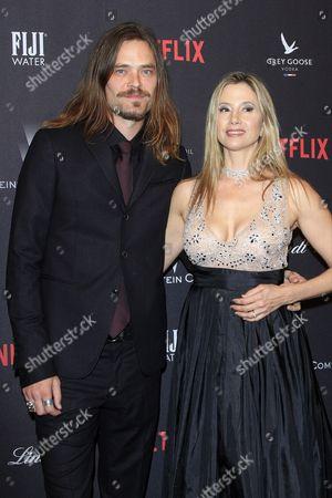 Mira Sorvino and Chris Backus