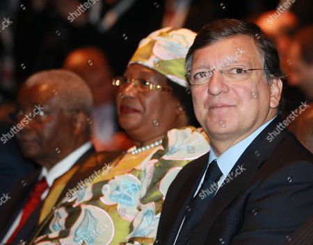 (r-l) European Commission President Jose Manuel Barroso Joyce Banda President of Malawi and Armando Emilio Guebuza President of the Republic of Mozambique During the Opening Session of European Development Days in Brussels Belgium 16 Ocotober 2012 the European Development Days Focus on Key Themes on the Development Agenda - Agriculture Food Security and Resilience Social Protection and Inequality and the Role of the Private Sector Organised by the European Commission It Brings Together High-profile Political Figures From the European Union and Its Partner Countries Belgium Brussels