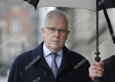 John Kay Former Chief Reporter of British National Tabloid Newspaper the Sun Leaves the Old Bailey London Britain 08 March 2013 Mr Kay is Appearing in Court For Plea and Directions Hearing Over the Phone Hacking Charges United Kingdom London