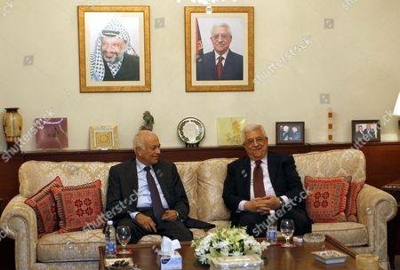 Palestinian President Mahmoud Abbas (r) Meets with Arab League Secretary General Nabil Alaraby at the Palestinian Ambassador Home in Amman Jordan 05 October 2012 Abbas is in Jordan to Hold Talks Regarding the Palestinian-israeli Peace Process Jordan Amman