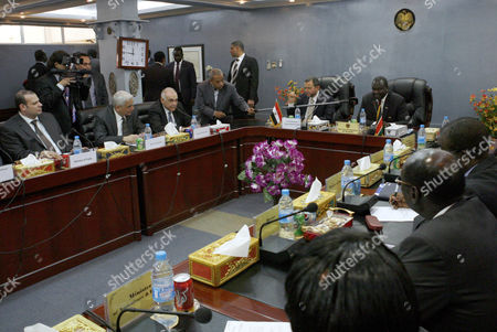 Stock Image of Egyptian Prime Minister Hisham Kandil (5-l) Speaks Druing a Meeting with His Delegation and South Sudanese Officials in Juba South Sudan 14 March 2013 Media Reports State That Kandil During His Visit Announced the Establishment of an Egyptian Economic Industrial Zone Next to the Juba Airport to Attract Egyptian Investors in South Sudan South Sudan Juba