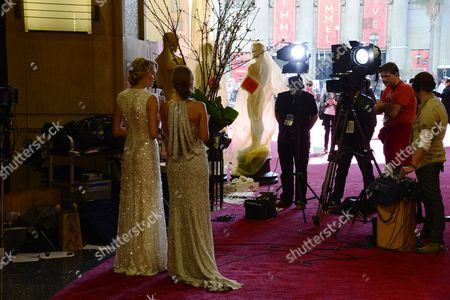 German Television Personalities Lena Gerke (r) and Annemarie Warnkross (l) on the Red Carpet Outside the Entrance to the Dolby Theatre a Day Before the Start of the 85th Academy Awards at the Dolby Theatre in Hollywood California Usa 23 February 2012 United States Hollywood