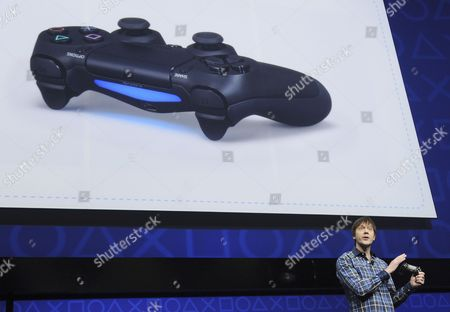 Video Game Designer Mark Cerny Displays the Latest Controller 'Dualshock 4' at Their Playstation Four Launch Event in New York Usa 20 February 2013 No Price Or Release Date was Given United States New York