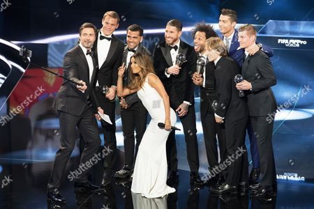 (L-R) Host Marco Schreyl, winners of the FIFA FIFPro World11 Manuel Neuer (Germany, Bayern Munich), Dani Alves (Brazil, FC Barcelona and Juventus FC), host Eva Longoria, Sergio Ramos (Spain, Real Madrid), Marcelo (Brazil, Real Madrid), Luka Modric (Croatia, Real Madrid), Cristiano Ronaldo (Portugal, Real Madrid) and Toni Kroos (Germany, Real Madrid) attend the FIFA Awards 2016 gala at the Swiss TV studio in Zurich, Switzerland, 09 January 2017. The best soccer player of 2016 will be chosen during the ceremony.