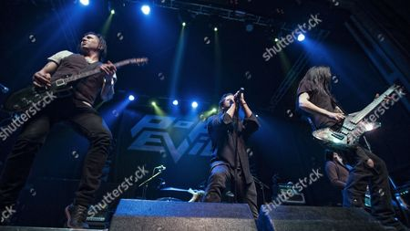Pop Evil - Leigh Kakaty, Chachi Riot, Dave Grahs, Matt DiRito
