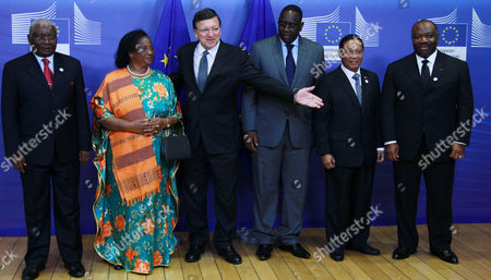 European Commission President Jose Manuel Barroso (3-l) Welcomes (l-r) Armando Emilio Guebuza President of the Republic of Mozambique Joyce Banda President of Malawi Macky Sall President of the Republic of Senegal Philippines Vice President Jejomar Binay and Ali Bongo Ondimba President of the Republic of Gabon Prior to a Dinner at the European Commission Headquarters in Brussels Belgium 15 Ocotober 2012 Ahead of the Development Days 2012 the European Development Days is a Forum Organised by the Commission Which Will Focus on Key Themes on the Development Agenda - Agriculture Food Security and Resilience Social Protection and Inequality and the Role of the Private Sector Belgium Brussels