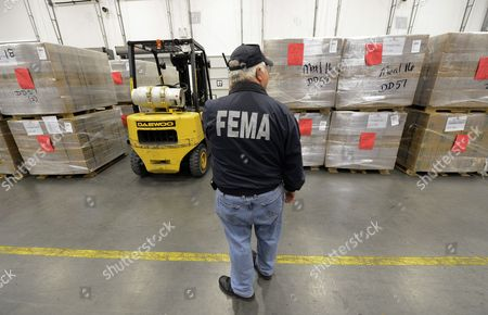 Federal Emergency Management Agency Supervisor James Bullard Oversees the Shipment of Emergency Meals to the Victims of Hurricane Sandy in the Northeastern United States at a Fema Distribution Warehouse in Atlanta Georgia Usa 01 November 2012 Fema is Sending Millions of Meals Water and Other Relief Supplies to the Victims of the Storm in New Jersey New York and Elsewhere United States Atlanta