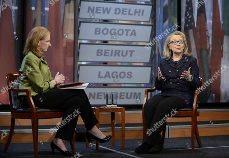 Stock Image of Us Secretary of State Hillary Clinton (r) Sitting Beside the Moderator Leigh Sales (l) Talks During a Town-hall Discussion in Advance of Clinton's Last Days As Secretary of State at the End of the Week at the Newseum in Washington Dc Usa 29 January 2013 United States Washington