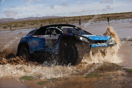 France's Romain Dumas drives his Peugeot  during the eighth stage of Rally Dakar 2017, between Uyuni, in Bolivia, and Salta, in Argentina, 10 January 2017.