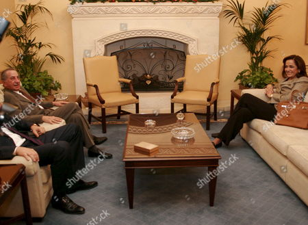 The President of the Republic of Cyrpus Tassos Papadopoulos (l) Receives the Minister of Foreign Affairs of Greece Mrs Dora Bakoyianni (r) at the Presidential Palace in Nicosia Cyprus Friday 01 December 2006