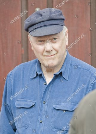 Kenneth Cope