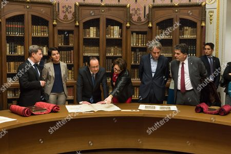 Lois Gautier, French Minister of Education, Higher Education and Research, Najat Vallaud-Belkacem, Francois Hollande, guests and Pierre Lellouche.