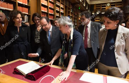 Editorial photo of Hollande inaugurating the renovated spaces of the Richelieu-Louvois Library, Paris, France - 11 Jan 2017