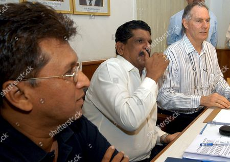 Secretary For the Board For Cricket Control in India (bcci) S K Nair Flanked by Newly Appointed Indian Cricket Team Coach Greg Chappell (r) and Bcci Chairman Kiran More (l) at a Selection Committee Meeting Held Tuesday 21 June 2005 Before Announcing the Indian Cricket Team Probables For the Forthcoming Sri Lankan Tour in Bangalore