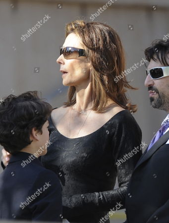 Us Actress Kate Jackson Arrives For Actress Farrah Fawcett's Funeral Ceremony in Los Angeles California Usa 30 June 2009 Fawcett Gained Fame As One of the Original Charlie's Angels' On American Television She Died After a Lengthy Battle with Cancer