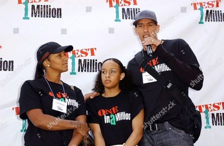 Doug Christie with wife and daughter