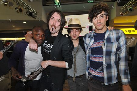 Dirty Pretty Things - Gary Powell, Didz Hammond, Carl Barat and Anthony Rossomando