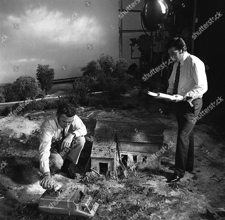 'UFO'   TV  Behind the Scenes Derek Meddings, Visual Effects Supervisor [L]