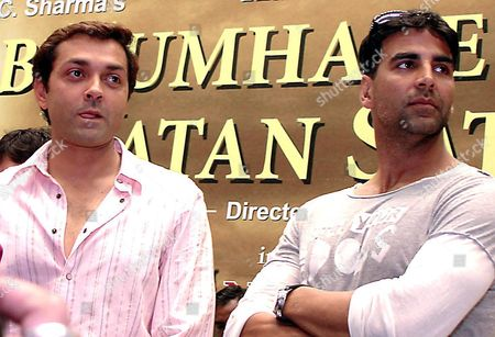 Bollywood Actor Bobby Deol (l) and Akshay Kumar (r) During the Audio Release of Hindi Movie ' Ab Tumhare Hawale Watan Sathiyo' in New- Delhi On Monday 20 September 2004 the Event Was Organised by All India Anti Terrorist Front in New Delhi