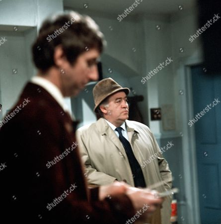 Stock Image of 'Thriller' - Episode 6: 'Murder In Mind' - Ronald Radd (r)