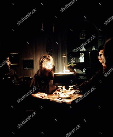 'Thriller' - Episode 2: 'Possession' - Joanna Dunham (centre) with John Carson