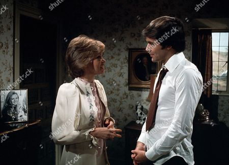 Stock Image of 'Thriller' -  Season 2: Episode 1: 'Only A Scream Away' -  Hayley Mills and David Warbeck
