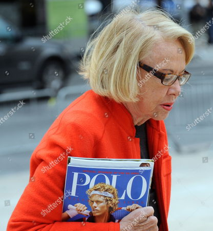 New York Gossip Columnist Liz Smith Attends a Memorial Service For the Long Time Cbs News Anchor Walter Cronkite at Lincoln Center in New York Usa 09 September 2009 Cronkite Died in July 2009 at Age 92