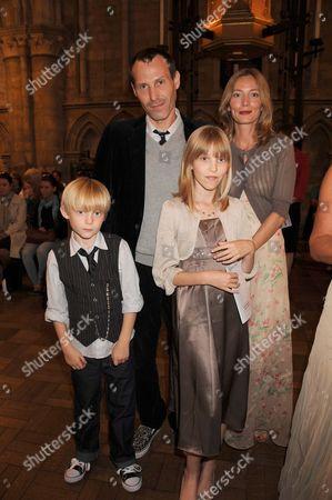Marlon Richards and family