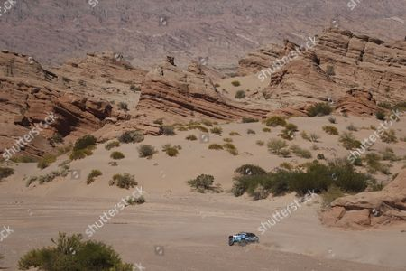 France's Romain Dumas drives his Peugeot    during the 10th stage of the Rally Dakar 2017 between Chilecito and San Juan, Argentina, 12 January 2017.