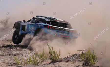 French Romain Dumas drives his Peugeot 3008 DKR during the 10th stage of the Rally Dakar 2017 in Alto Jague in La Rioja, Argentina, 12 January 2017.