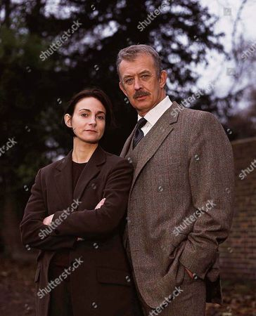 'PD James Mini Series'   TV   'A Certain Justice'   Picture shows - Roy Marsden (Commander Adam Dalgliesh) and Sarah Winman (DI Kate Miskin)