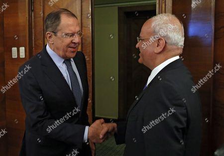Saeb Erekat and Sergei Lavrov