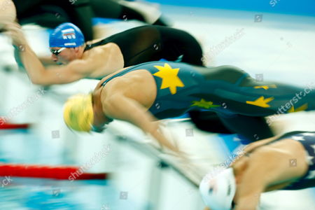 Grant Hackett of Australia (c0 Dives Into the Water to Start His Men's 400m Freestyle Heat at the National Aquatics Center During the 2008 Olympic Games in Beijing China 09 August 2008