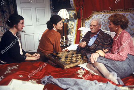 'Brideshead Revisited'   - Laurence Olivier with L-R: Phoebe Nicholls, Diana Quick and Stephane Audran