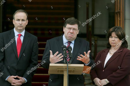 Irish Prime Minister Brian Cowen (c) Pictured with Minister For Foreign Affairs Micheal Martin (l) and Minister For Helath Mary Harney (r) at a Press Conference in Government Buildings Dublin Ireland Today 13 June 2008 the Government Was Reacting to the Loss of the Lisbon Treaty Referendum