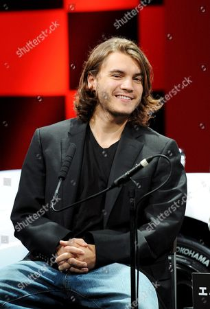 Us Actor Emile Hirsch Smiles at a Press Conference to Promote His Film Speed Racer at a Hotel in Tokyo 30 June 2008 the Film Opens in Theaters in Japan From July 5