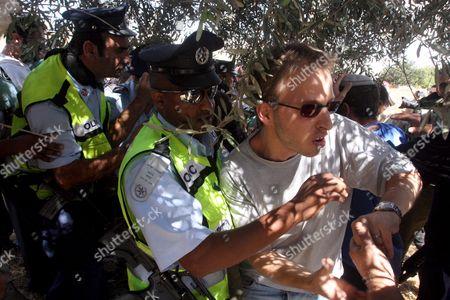 Editorial photo of Mideast Palestinians Israeli Jewish Settlers - Oct 2008