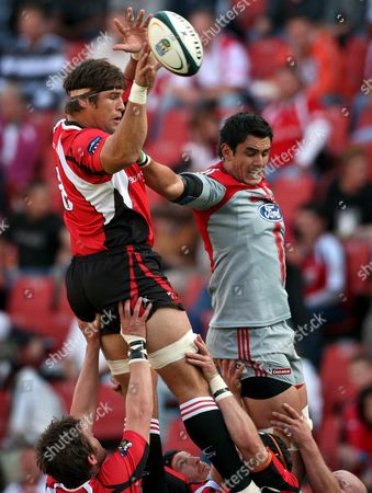 Crusaders Lock Isaac Ross (r) Competes For a Lineout Ball with Lions Lock Anton Van Zyl (l) in the Rugby Super 14 Match Between the Lions of South Africa and the Crusaders of New Zealand Played at Coca Cola Park in Johannesburg South Africa 01 May 2009 the Crusaders Won the Match 32-20