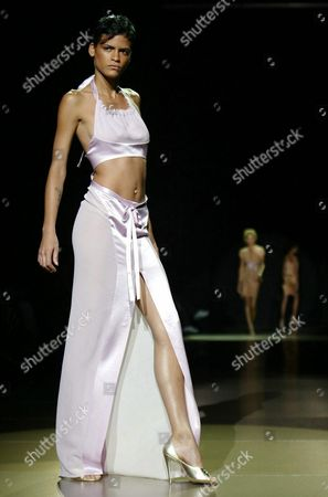 Super Model Omahyra Mota Walks Down the Runway During the Luca Luca Show in Bryant Park During Mercedes Benz Fashion Week Seventh On Sixth's Spring Fashion Sunday 14 September 2003 in New York City Epa Photo/epa/jason Szenes// United States New York