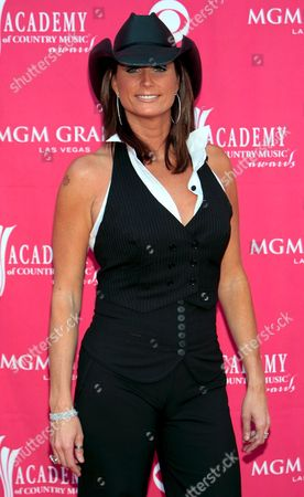 Singer Terri Clark of Canada Arrives at the 42nd Annual Academy of Country Music Awards at the Mgm Grand Garden Arena in Las Vegas Nevada 15 May 2007