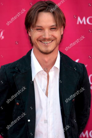 Singer Josh Kear Arrives at the 42nd Annual Academy of Country Music Awards at the Mgm Grand Garden Arena in Las Vegas Nevada 15 May 2007