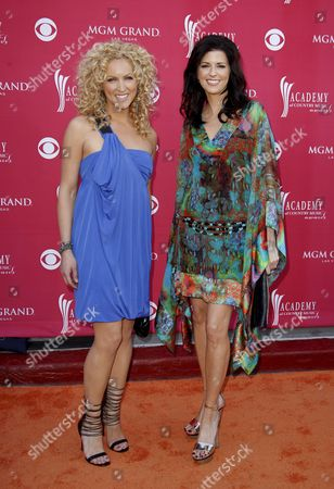 (l-r) Karen Fairchild and Kimberly Roads of Little Big Town Arrive at the 43rd Annual Academy of Country Music Awards Held at the Mgm Grand Garden Arena in Las Vegas Nevada Usa On 18 May 2008 Little Big Town Presented an Award at the Event