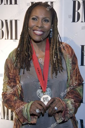 Us Singer-songwriter Brenda Russell Arrives For the 55th Annual Bmi Pop Music Awards at the Regent Beverly Wilshire Hotel in Beverly Hills California On 15 May 2007 the Bee Gees Are to Be Recognized As 'Bmi Icons' at the Awards Ceremony