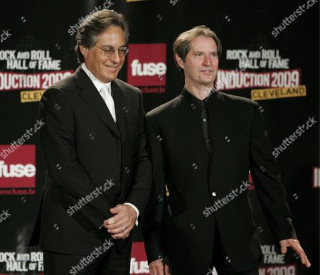 Max Weinberg (l) and Garry Tallent (r) Appear Backstage During the Rock and Roll Hall of Fame Induction Ceremony in Cleveland Ohio Usa 04 April 2009 This Year's Inductees Are Jeff Beck Bill Black Dj Fontana Wanda Jackson Little Anthony and the Imperials Metallica Run-d M C Spooner Oldham and Bobby Womack