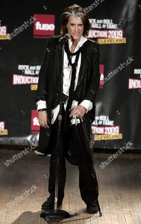 Joe Perry of Aerosmith Appears Backstage During the Rock and Roll Hall of Fame Induction Ceremony in Cleveland Ohio Usa 04 April 2009 This Year's Inductees Are Jeff Beck Bill Black Dj Fontana Wanda Jackson Little Anthony & the Imperials Metallica Run-d M C Spooner Oldham and Bobby Womack
